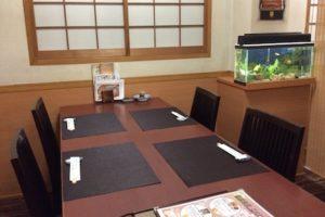 テーブル席 半個室